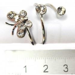Кольцо под серебро бабочка две стразины