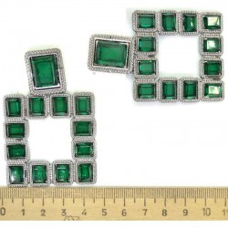 Серьги квадрат в серебре зеленый М81