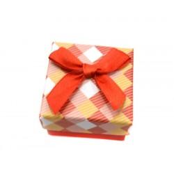 Коробочка для колец квадратная красная