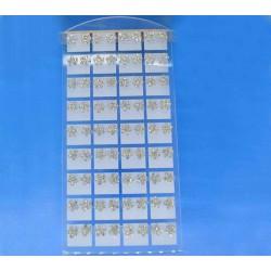 Серьги гвоздики белые на планшете 1 ряд (9 пар)