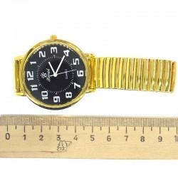 Часы на браслете золотистые