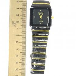 Часы черные с золотистым М4