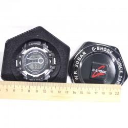 Часы электронные в боксе М5