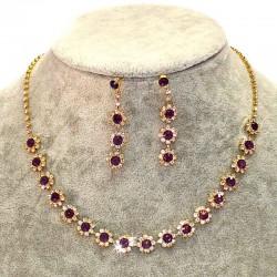 Колье и серьги матовый фиолетовый цветы М106 в золоте